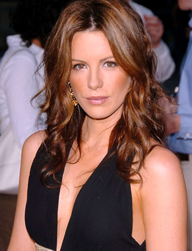 Think, that Kate Beckinsale nua apologise, but